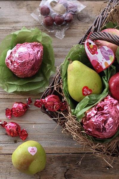 Valentine's Gift Baskets from Harry & David