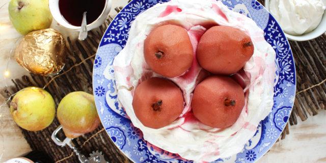 A Winter-Favorite: Pear Pavlova Recipe