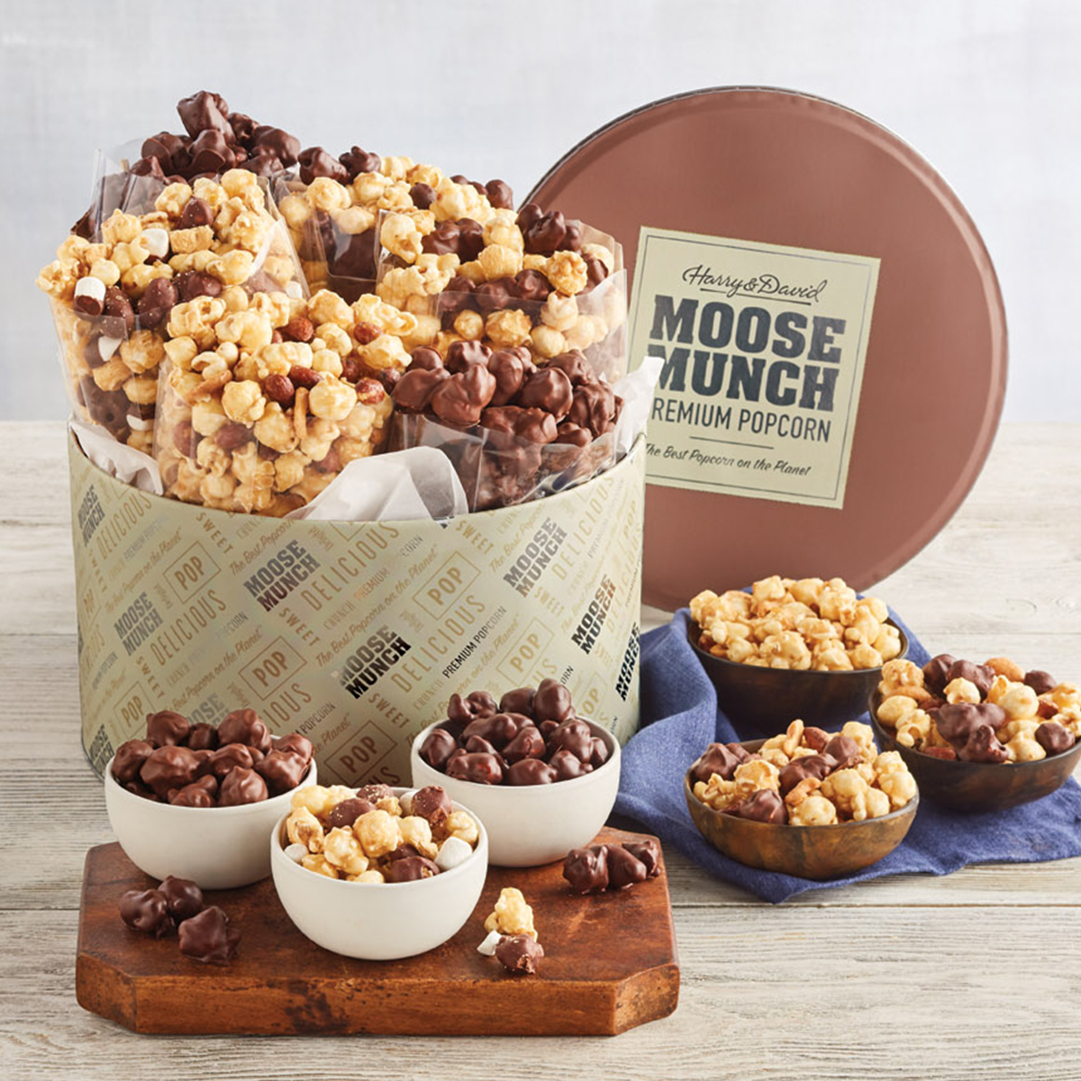 last minute gift idea of moose munch popcorn