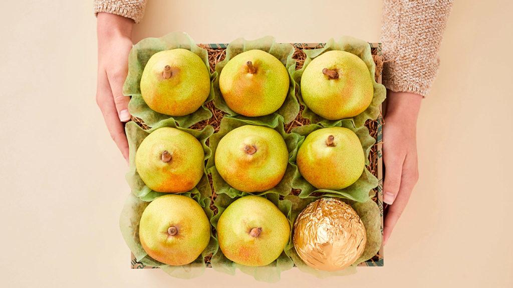 royal riviera pears image -- box of pears